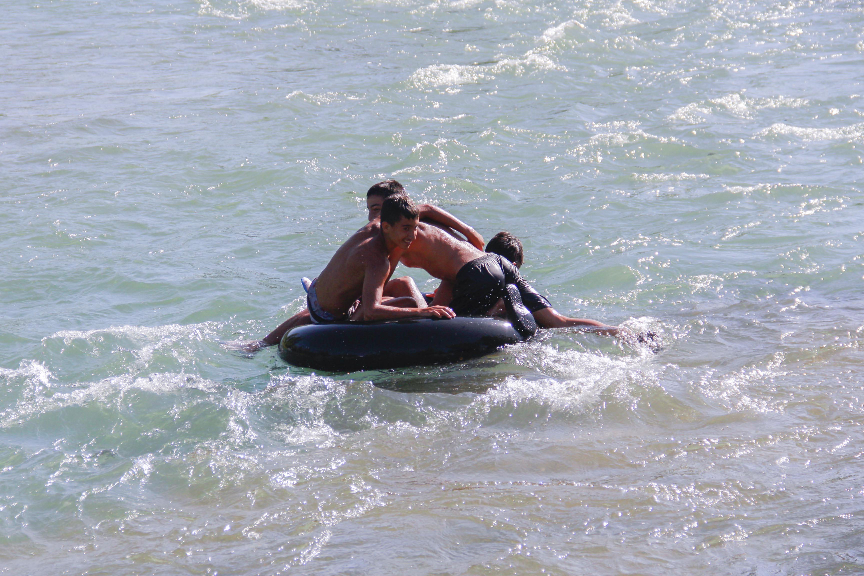 sambrelle-rafting-yapiyorlar-(6).jpg